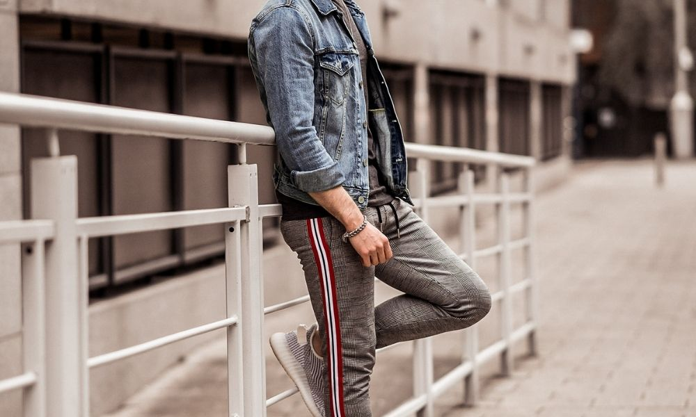 Street Styling with Joggers and Other Sportswear
