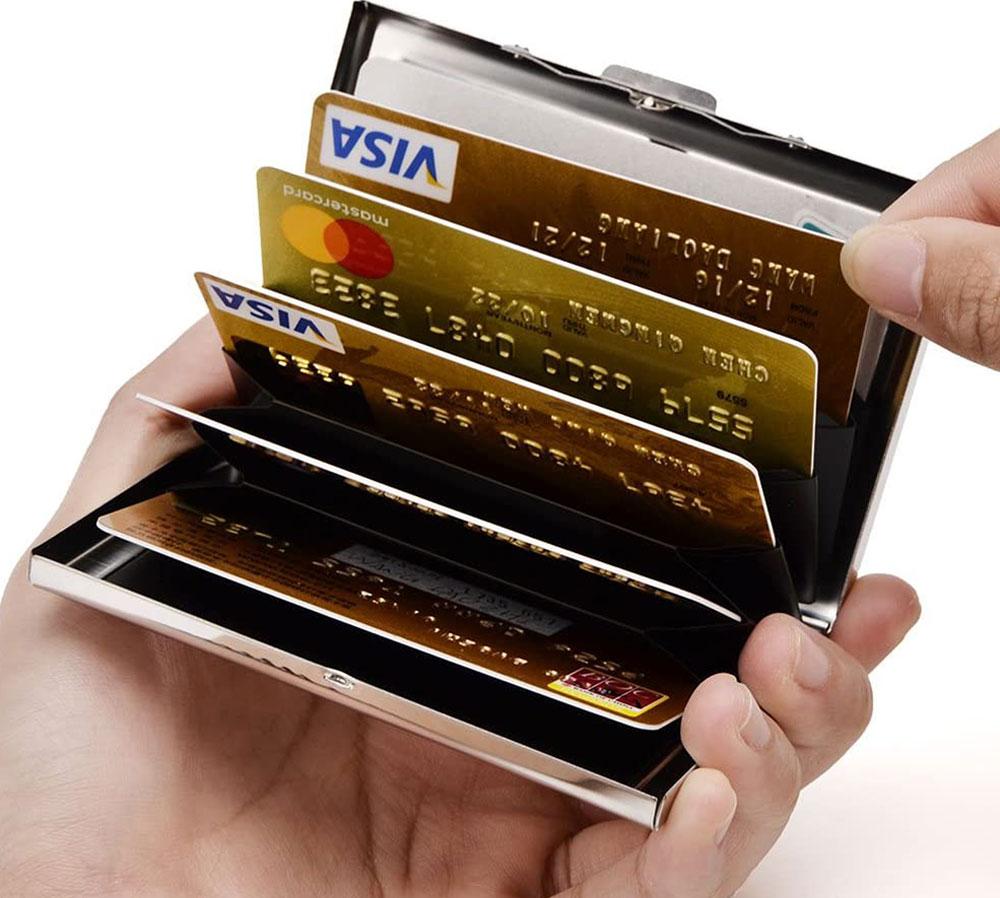 Eastnights RFID-Blocking Metal Card Holder
