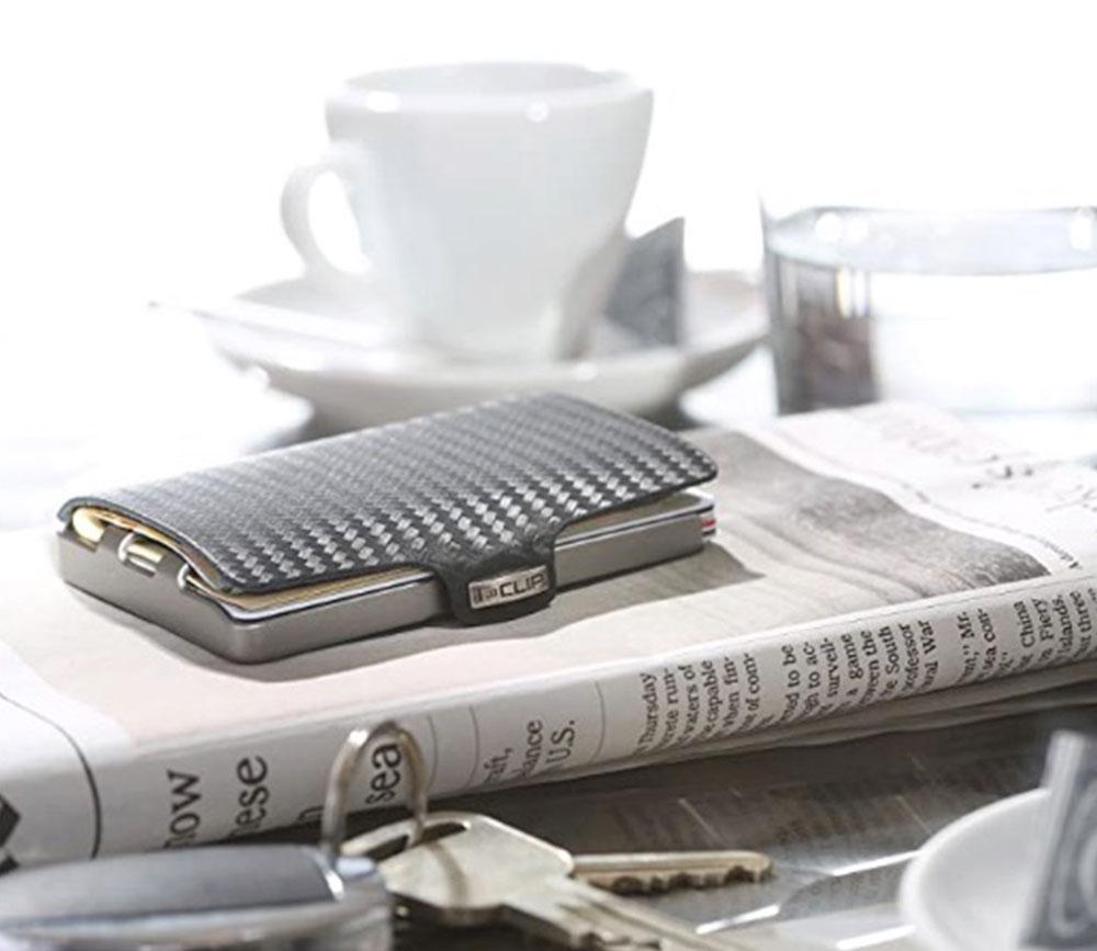 The I-CLIP Minimalist Wallet for Men